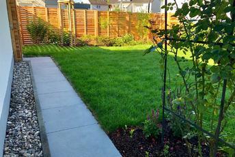 Hausgartenbepflanzung nach Wunsch